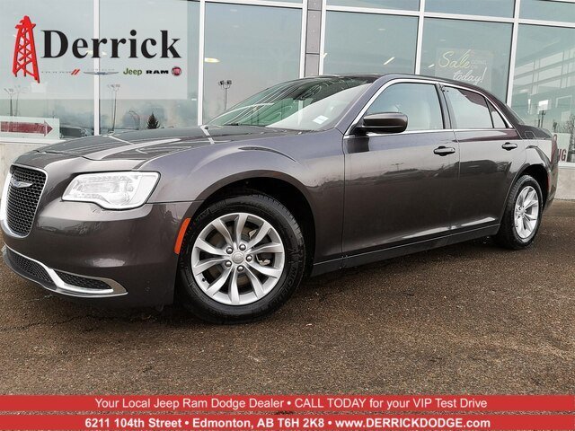 New 2018 Chrysler 300 300 Touring
