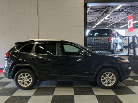 Pre-Owned 2014 Jeep Cherokee 4x4 North Edition, Back Up Camera, Remote Start