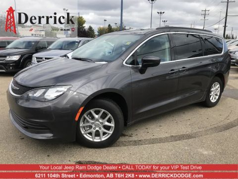 Demo 2017 Chrysler Pacifica LX