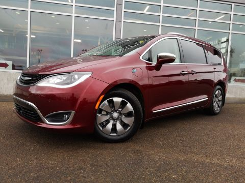 2018 Chrysler Pacifica Hybrid Limited 2WD